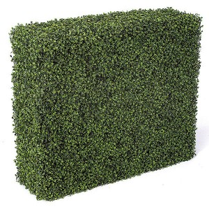 Define Your Outdoor Space with Artificial Hedges