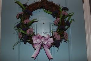 DIY Wreath of the Month: February Wreath Tutorial