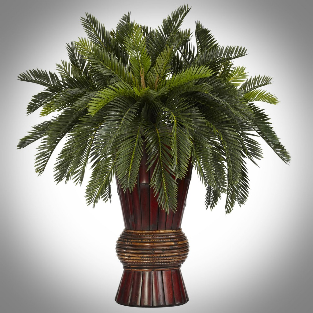 Decorating with artificial palm trees for Palm tree decorations for the home