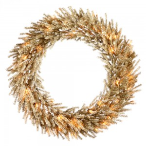 Unique Christmas Wreaths and How To Use Them