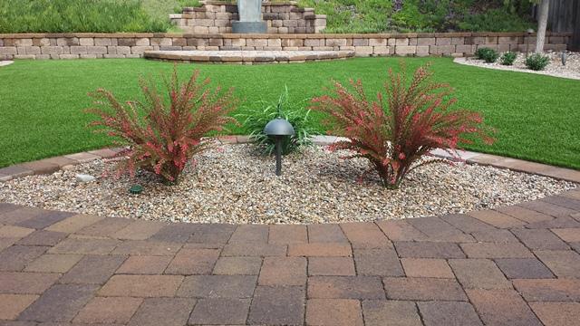 Using Artificial Outdoor Plants in Your Yard – Artificial Garden Plants