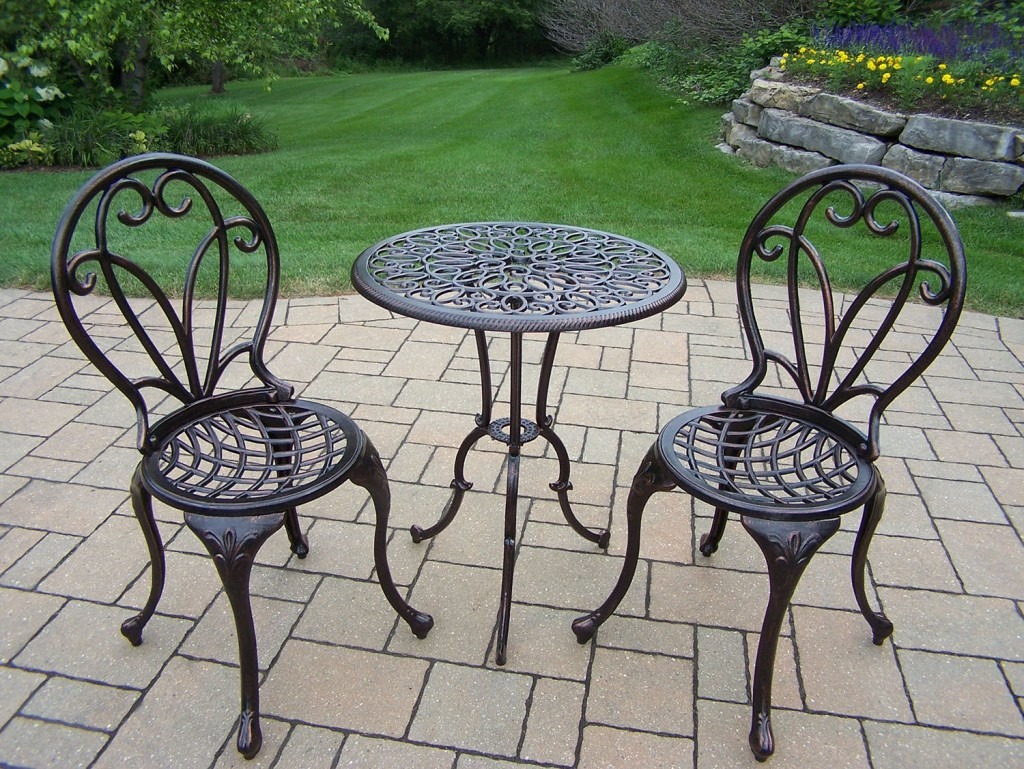 Bronze Cast Metal Bistro Set