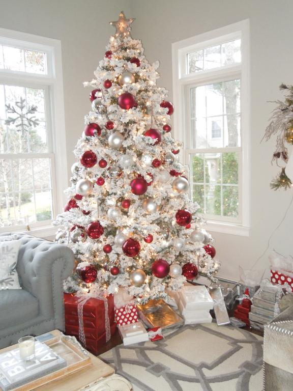 decorate a festive flocked christmas tree - Flocked Christmas Tree Decorating Ideas