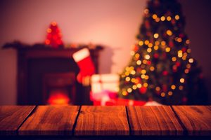 Christmas Traditions Around the World (Infographic)