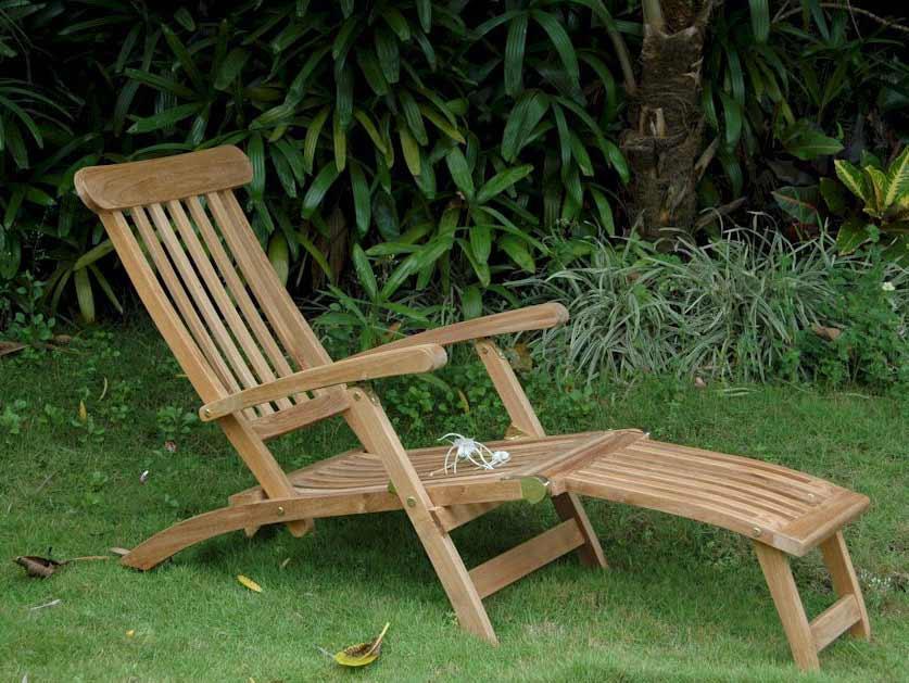 Unique Teak Royal Steamer Arm Chair Product Photo
