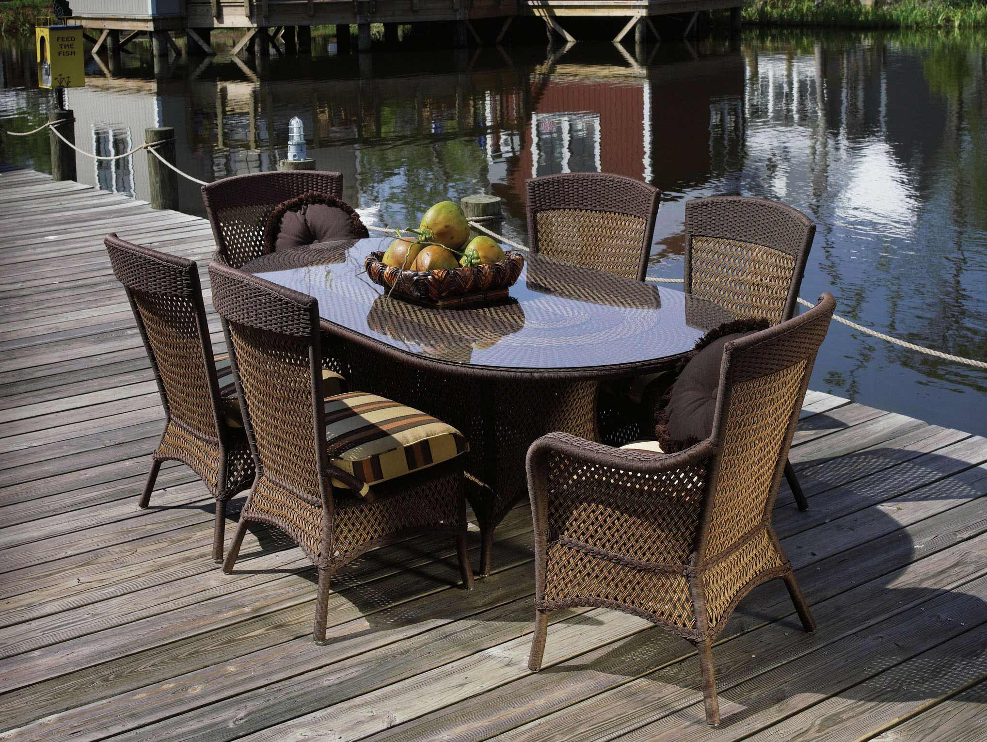 Lloyd Flanders Grand Traverse Wicker Outdoor Oval Table Dining Set