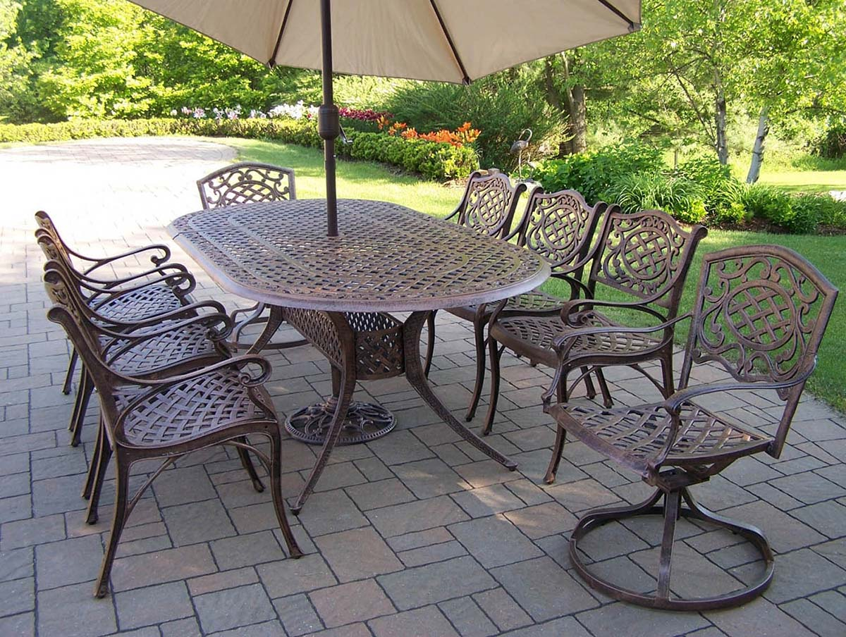 High-class Oval Patio Dining Set Swivel Chairs Umbrella Product Photo