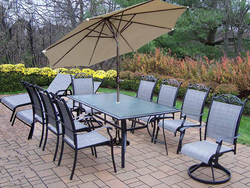14pc Dining Set: 8 Dining Chairs, 2 Chaise, Umbrella