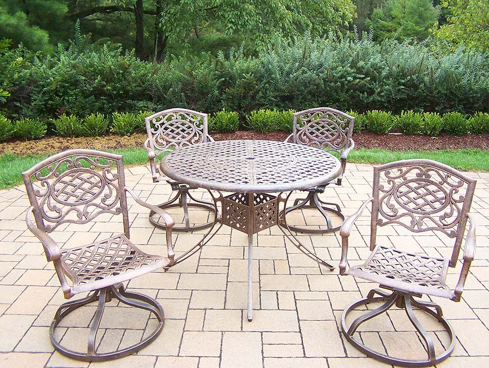 Mississippi 5pc Set: Table & 4 Swivel Rockers