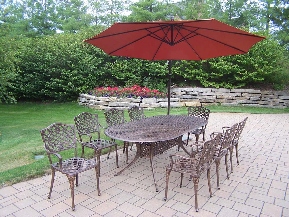 Select Mississippi Oval Dining Set Cantilever Umbrella 13 2210