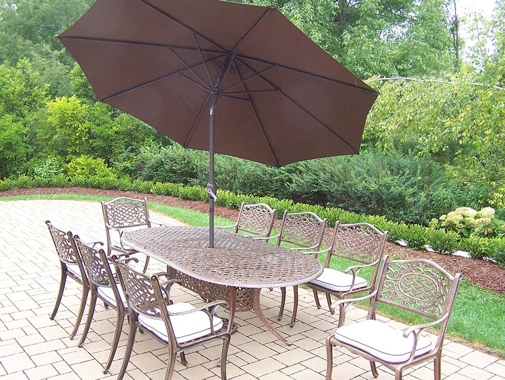 Design Mississippi Set Table Chairs Umbrella Cushions Product Photo