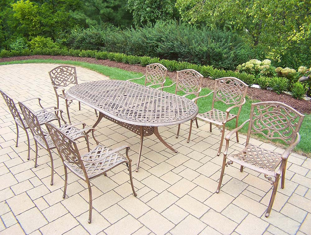 Exquisite Mississippi Cast Aluminum Set Table Chairs Product Photo
