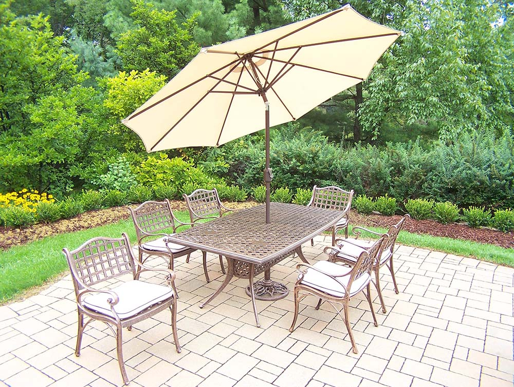 Stunning Elite Set Table Chairs Umbrella Stand Product Photo