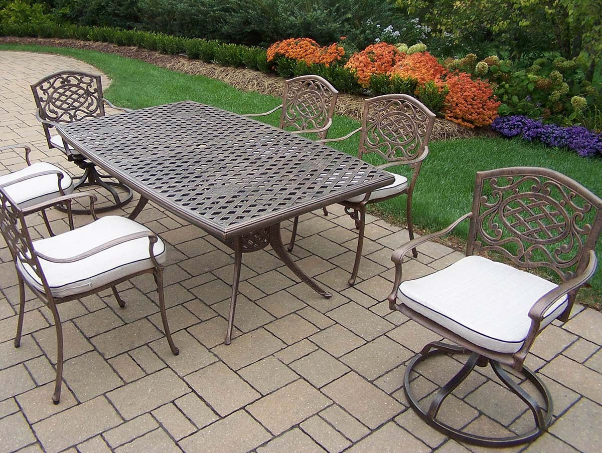 Exquisite Mississippi Set Table Chairs Swivel Rockers Product Photo