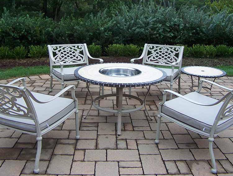 High-class Tacoma-Chat-Set-Table-Chairs-Ice-Bucket-Stand Product Picture 239