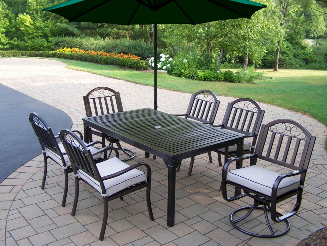 Choose Rochester Dining Set Chair Cushions Umbrella Product Photo
