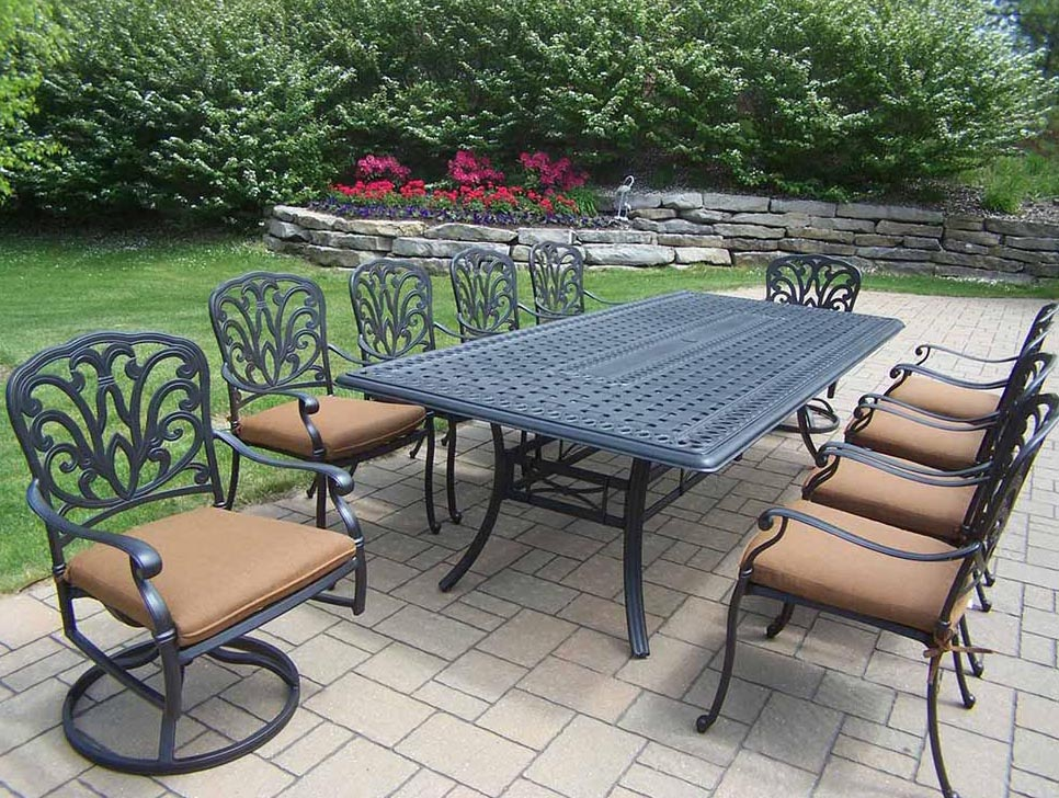 Purchase Black Hampton Dining Set Cushions Product Photo