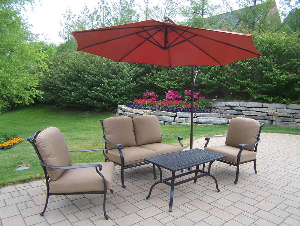 Select Hampton Chat Set Sunbrella Cushions Umbrella 19 2210