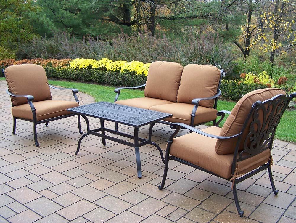 Special Antique Hampton Chat Set Sunbrella Cushions Product Photo