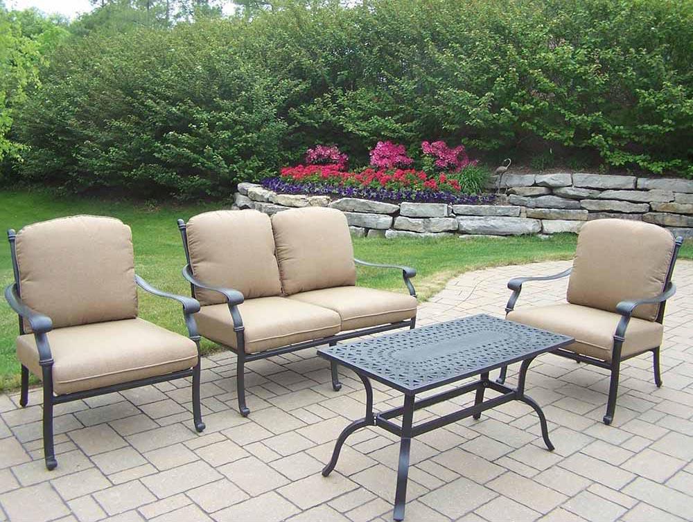 Splendid Antique Hampton Chat Set Cushions Product Photo