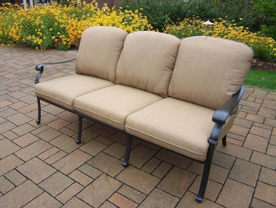 Slim Logo; Hampton Deep Seat Sofa With Spunpoly Cushions