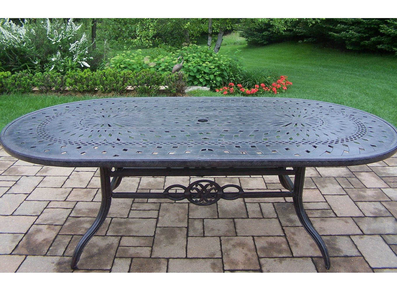 Excellent Aged Belmont Aluminum Oval Dining Table Product Photo