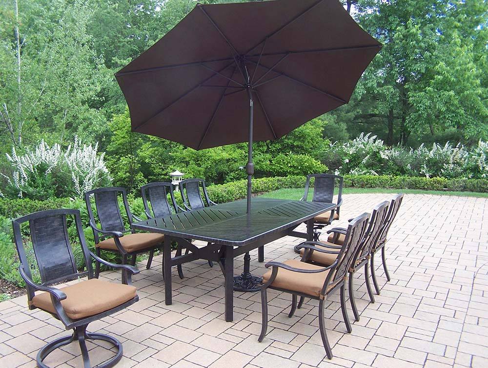 Purchase Aged Vanguard Set Table Chairs Cushions Product Photo