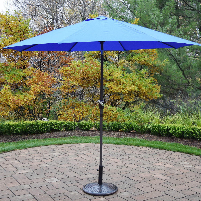 9 Foot Blue Crank/tilt Umbrella Brown Pole With Stand