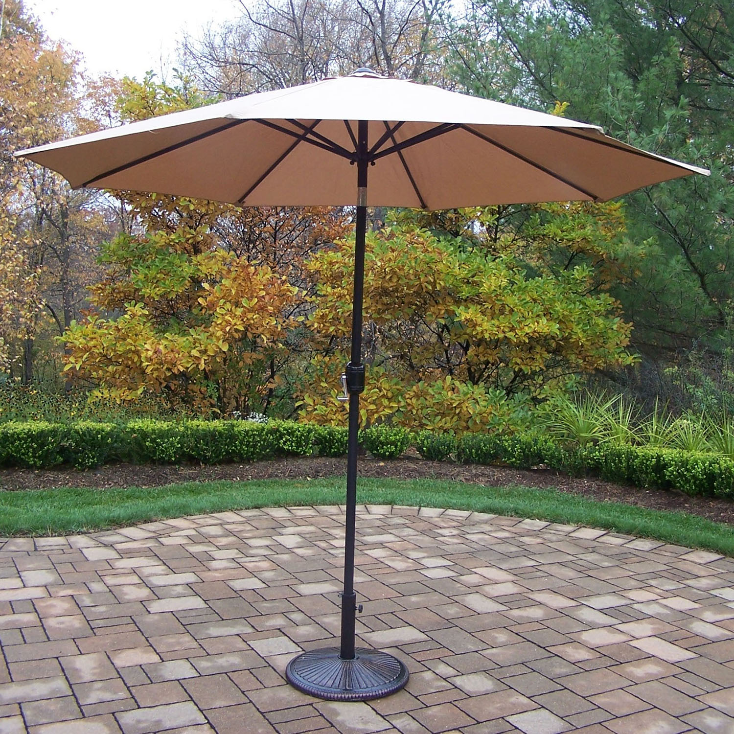 9 Foot Champagne Crank/tilt Umbrella Black Pole With Stand