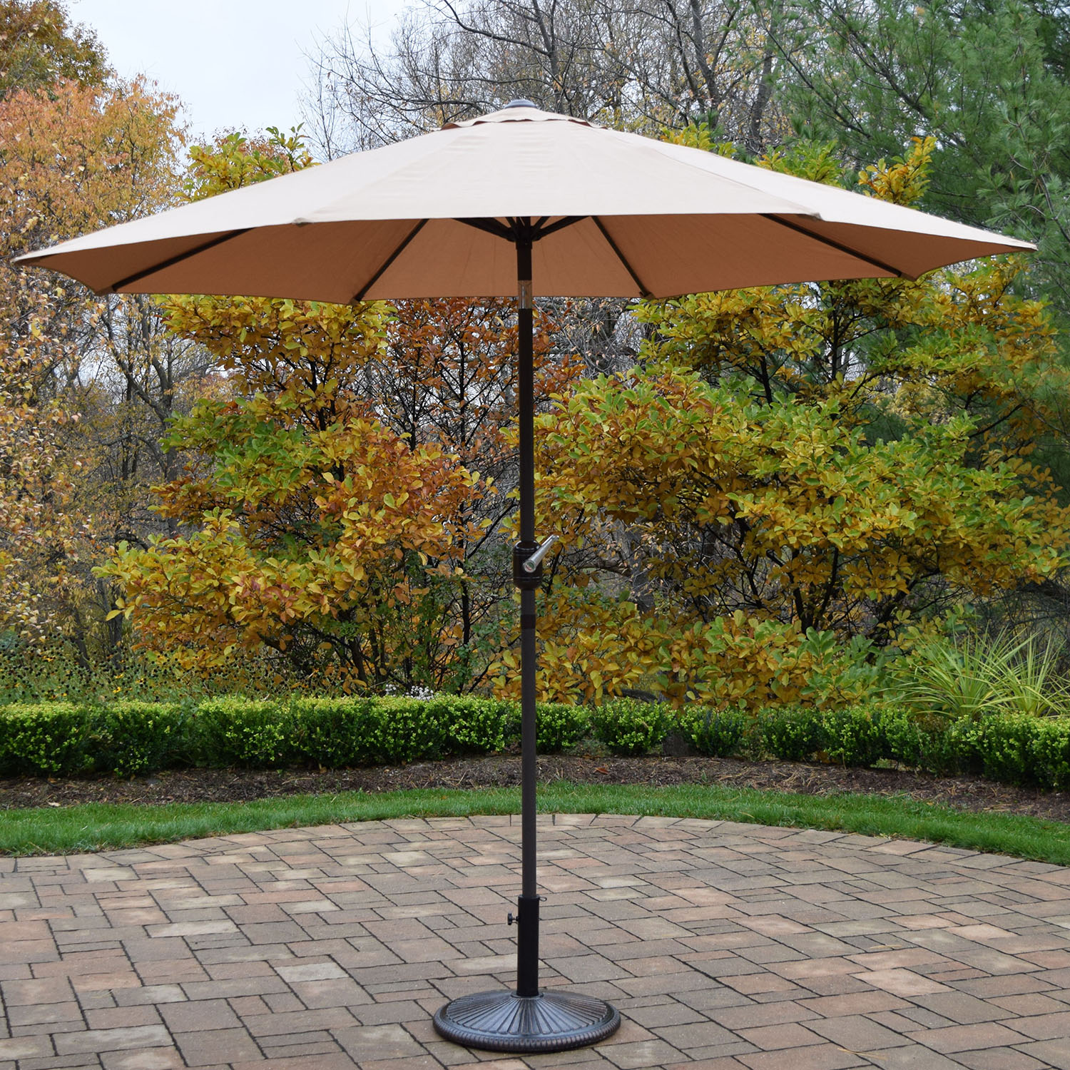 9 Foot Champagne Crank/tilt Umbrella Brown Pole With Stand