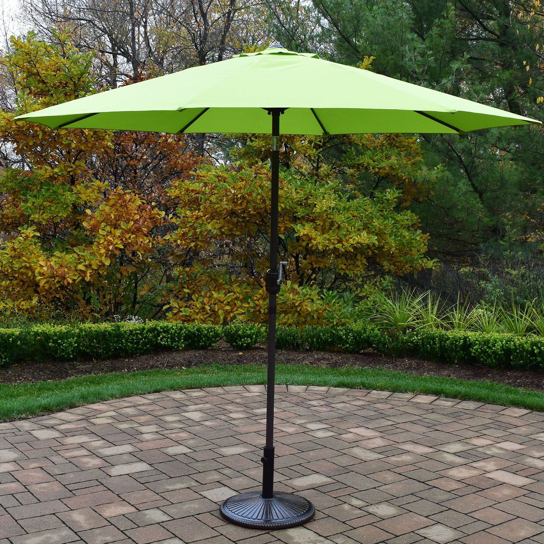 9 Foot Green Crank/tilt Umbrella Brown Pole With Stand
