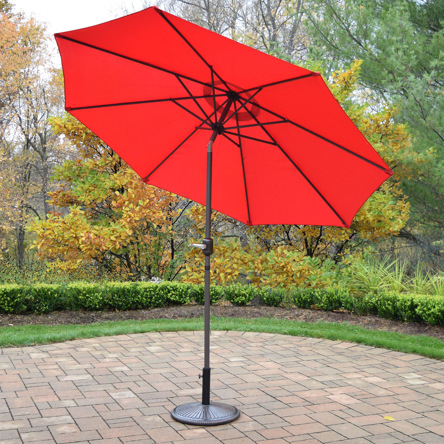 9 Foot Red Crank/tilt Umbrella Brown Pole With Stand