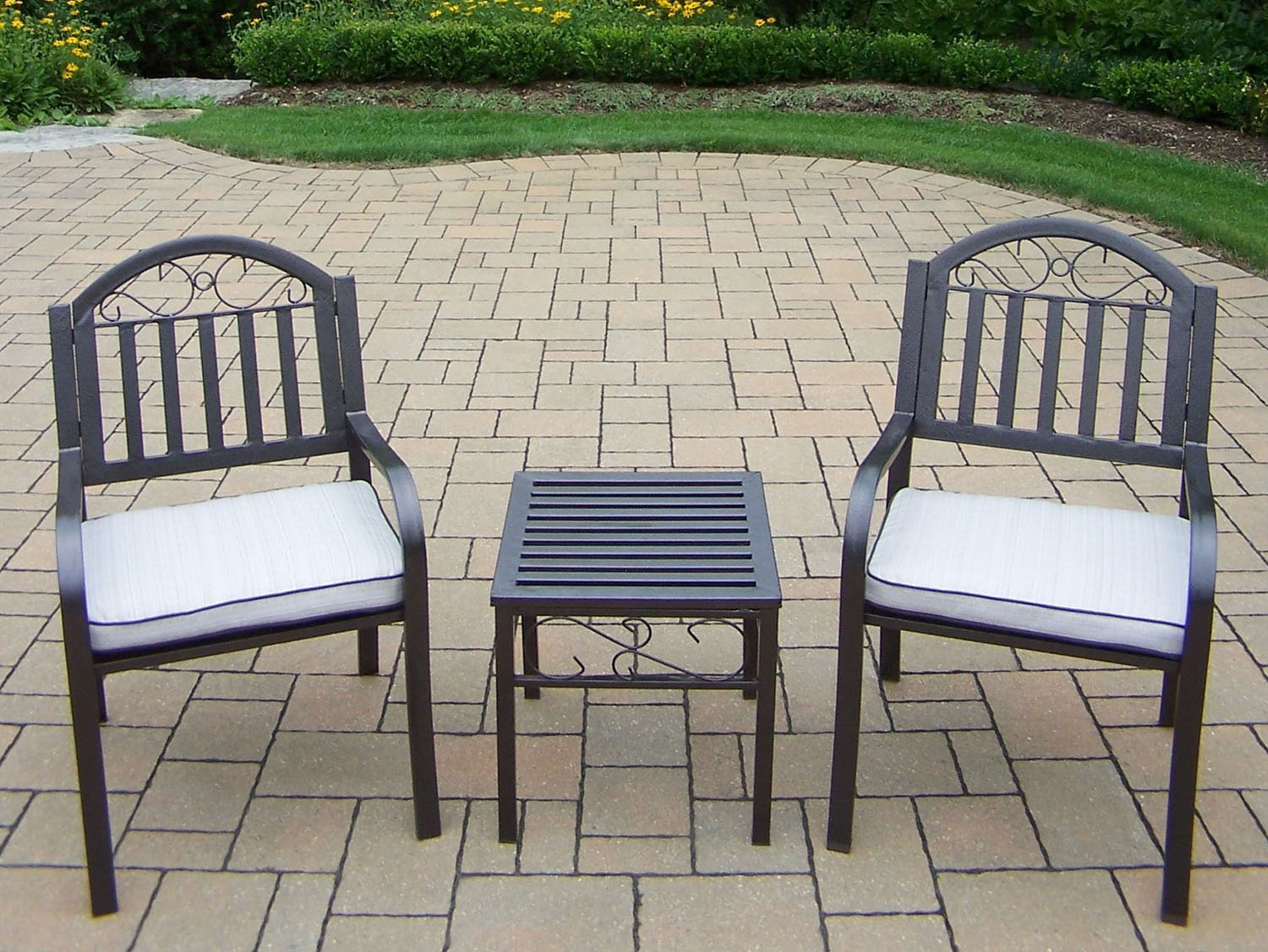 Remarkable Chat Set Rochester Cushion Chairs Side Table Product Photo