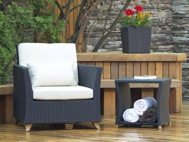 Impressive Rattan Deep Seating Arm Chair Product Photo